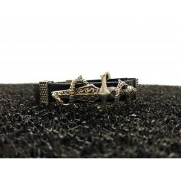 http://www.azuldeplata.es/tienda/253-thickbox_default/pulsera-cuero-y-espada-serpiente.jpg