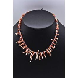 http://www.azuldeplata.es/tienda/50-thickbox_default/gargantilla-de-ramas-de-coral-rosa-y-cristal-de-roca.jpg